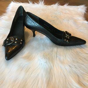 Stuart Weitzman black pointed toe heels, size 9M